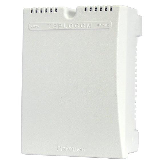 Стабилизатор сетевого напряжения Teplocom ST-555Стабилизаторы<br>Стабилизатор сетевого напряжения Teplocom  ST-555 предназначен для газового отопительного котла. Максимальная нагрузочная мощность достигает 555 ВА, а диапазон напряжения составляет 145-260 В. Аксессуар обеспечивает стабильное напряжение вольтдобавочного типа во всем диапазоне. Наиболее удобен в использовании с настенными котлами.<br>Особенности:<br><br>Мощность 555 ВА<br>Простое и быстрое подключение (не сложнее удлинителя)<br>Безопасный пластиковый корпус. Миниатюрные габариты<br>Защита от всплесков напряжения<br>Защитное автоматическое отключение при аварии в сети<br>Защита от молнии<br>Разработан с учетом европейских норм электроснабжения<br>Большая перегрузочная мощность<br>Расширенная индикация<br><br><br>Страна: Россия<br>Производитель: Россия<br>Дисплей: Нет<br>Вес, кг: 2<br>Гарантия: 5 лет