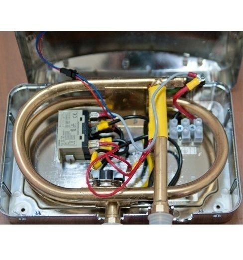 Электрический проточный водонагреватель 10 кВт Thermex System 1000 Chrome10 кВт<br>Электрический проточный водонагреватель 10 кВт для дома Thermex System 1000 Chrome сможет снабдить вас горячей водой в любом количестве в любое время. Агрегат работает не на газу, что значительно расширяет сферу его использования. Агрегат отличает невероятно быстрый выход на заданную температуру, удобство использования, безопасность, надежность и долговечность. Крое того, водонагреватель может устанавливаться не только в сухих местах, но и в помещениях с повышенной влажностью. <br><br>Страна: Россия<br>Производитель: Россия<br>Темп. нагрева, С: 60<br>Способ нагрева: Электрический<br>Производительность: 7,0<br>Мощность, кВт: 10,0<br>Защита от перегрева: Есть<br>LCD дисплей: None<br>Управление: Гидравлическая<br>Тип установки: Настенная<br>Подводка: Нижняя<br>Комплектация: Нет<br>Тип подачи: Напорный<br>Напряжение сети, В: 380 В<br>Габариты ШхВхГ, см: 27x17x9.5<br>Вес, кг: 4<br>Гарантия: 2 года<br>Ширина мм: 270<br>Высота мм: 170<br>Глубина мм: 95