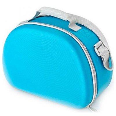 Сумка-термос Thermos EVA Mold kit - BlueСумки-холодильники<br>Термо-сумка с жесткой основной Thermos (Термос) EVA Mold kit - Blue имеет отличный современный дизайн, отличается небольшой вместительностью и эргономичностью, имеет достойные пользовательские и эксплуатационные характеристики, что благоприятно повлияет на ваш отдых. Данное изделие выполнено из современного материала, застегивается на качественную молнию и подойдет для ежедневного использования. &amp;nbsp;&amp;nbsp;&amp;nbsp;&amp;nbsp;<br>Основные достоинства рассматриваемой модели сумки-термоса от Thermos:<br><br>Сделано в виде удобной сумки-косметички.<br>Прочный материал изготовления.<br>Внутреннее термоотталкивающее покрытие.<br>Идеальна для хранения косметики, кремов или лекарств.<br>Удобно переносить и хранить.<br>Компактные размеры, небольшой вес.<br>Высокая степень износоустойчивости.<br><br>Сумки-термосы от торговой марки Thermos станут для вас отличными спутницами в путешествии или на пикнике, где они просто незаменимы благодаря своим эксплуатационным свойствам и пользовательским характеристикам. Данные аксессуары помимо того, что имеют большое количество дополнительных отделений, карманов для всяких мелочей и косметичку, при хранении удобно складываются.&amp;nbsp;<br><br>Страна: Великобритания<br>Объем, л: 6.0<br>Мощность, Вт: None<br>Питание, В: Нет<br>Темп. max, С: None<br>Темп. min, С: None<br>Габариты ВxШxД, мм: 205x150x290<br>Вес, кг: 1<br>Гарантия: 1 год<br>Кабель питания: Нет<br>Назначение: Сумкатермос