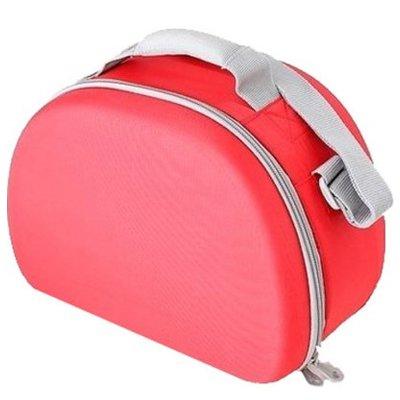 Сумка-термос Thermos EVA Mold kit - RedСумки-холодильники<br>Thermos (Термос) EVA Mold kit - Red &amp;mdash; это термо-сумка с полужестким корпусом, с помощью которой можно максимально удобно и быстро переносить все необходимые для вашей семьи продукты или косметику, что особенно актуально, если вы отправились в небольшое автомобильное путешествие или решили отдохнуть на природе на свежем воздухе. Сумка выполнена из качественного материала. &amp;nbsp;&amp;nbsp;&amp;nbsp;&amp;nbsp;<br>Основные достоинства рассматриваемой модели сумки-термоса от Thermos:<br><br>Сделано в виде удобной сумки-косметички.<br>Прочный материал изготовления.<br>Внутреннее термоотталкивающее покрытие.<br>Идеальна для хранения косметики, кремов или лекарств.<br>Удобно переносить и хранить.<br>Компактные размеры, небольшой вес.<br>Высокая степень износоустойчивости.<br><br>Сумки-термосы от торговой марки Thermos станут для вас отличными спутницами в путешествии или на пикнике, где они просто незаменимы благодаря своим эксплуатационным свойствам и пользовательским характеристикам. Данные аксессуары помимо того, что имеют большое количество дополнительных отделений, карманов для всяких мелочей и косметичку, при хранении удобно складываются.&amp;nbsp;<br><br>Страна: Великобритания<br>Объем, л: 6.0<br>Мощность, Вт: None<br>Питание, В: Нет<br>Темп. max, С: None<br>Темп. min, С: None<br>Габариты ВxШxД, мм: 205x150x290<br>Вес, кг: 1<br>Гарантия: 1 год<br>Кабель питания: Нет<br>Назначение: Сумкатермос