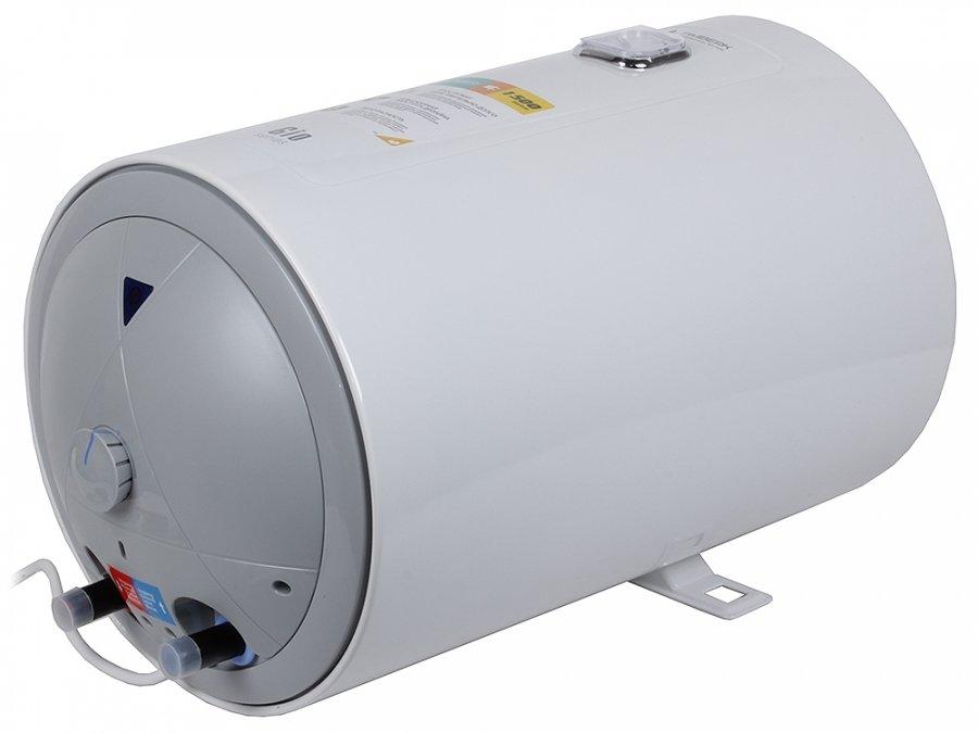 Электрический накопительный водонагреватель Timberk SWH RE9  50 V50 литров<br>Одна из новинок, выпущенная компанией Timberk в 2015 году   накопительный водонагреватель SWH RE9 50 V серии Gio. Отличительными особенностями рассматриваемой серии является не только невысокая цена, но и элегантный дизайн. Установив водонагреватель серии Gio можно не беспокоиться о перерасходе электроэнергии   мощность медного ТЭНа составляет всего 1,5 кВт, также экономить энергию поможет режим  Comfort .   <br>Особенности водонагревательного оборудования Timberk серии Gio:<br><br>Классическая конструкция   накопительный водонагреватель круглой формы;<br>Дизайнерское оформление   белоснежный корпус с рифленым тиснением, оригинальный индикатор нагрева синего цвета;<br>Экономичность   мощность ТЭНа 1500 Вт;<br>Индикация уровня нагрева   термометр Quadro расположен на фронтальной поверхности;<br>Наличие режима комфорт   оптимальный режим работы водонагревателя и комфортная температура горячей воды;<br>Конструктивные особенности   накопительная ёмкость покрыта 2 слоями стеклофарфоровой  эмали для защиты от коррозии;<br>Нагревательный элемент для данной серии изготавливается из меди и имеет специальное защитное покрытие;<br>Для дополнительной защиты от коррозии предусмотрен магниевый анод;<br>Возможность ремонта и обслуживания без отключения от водопровода. <br><br>Элегантность и экономичность   данные определения как нельзя лучше подходят для описания водонагревателя представленной серии. Классическая круглая форма накопительного бака оригинально оформлена дизайнерами   рифленая структура поверхности бака, лаконичной формы термометр, индикатор нагрева Delta-light  и, конечно же, белоснежный цвет корпуса   все это гармонично сочетается в данном оборудовании, создавая неповторимый образ серии Gio. Помимо оформления корпуса электрический водонагреватель данной серии имеет хорошие технические характеристики, а конструктивные особенности гарантируют длительный срок эксплуатации. Компания Timberk у