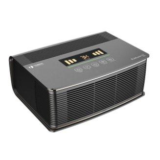 Очиститель воздуха Timberk TAP FL600 MF (BL)Cо сменными фильтрами<br>Очиститель воздуха Timberk (Тимберк) TAP FL600 MF (BL) &amp;mdash; это серьезная система фильтрации воздуха от всевозможных загрязнений и аллергенов, которая позволит вам дышать легко и непринужденно качественным воздухом. Производитель предлагает современному потребителю удобное управление, которое значительно повышает комфорт во время эксплуатации. Поддерживается ночной режим.<br>Основные достоинства рассматриваемой модели очистителя воздуха от Timberk:<br><br>Пятиступенчатая система очистки воздуха: предварительный фильтр улавливает крупные частицы, электростатический фильтр притягивает пыль, угольный фильтр нейтрализует воздух от поторонних запахов, фотокаталитический фильтр под воздействием УФ-лампы&amp;nbsp; окисляет органические и неорганические загрязнители<br>Сенсорная панель управления. Информативный LED дисплей отображает следующие режимы: индикация качества воздуха, ночной режим, таймер, индикация очистки фильтра<br>В автоматическом режиме прибор автоматически будет определять и регулировать скорость очистки воздуха при обнаружении в воздухе загрязнителей (посторонние запахи)<br>Ночной режим - автоматически приглушает яркость дисплея и переходит в тихий режим работы<br>Таймер до 9 часов работы (с интервалом в 1 час)<br>Четыре уровня световой индикации качества воздуха: желтый, оранжевый, красный, зеленый<br>Напоминание о необходимости замены или очистке фильтра отобразится на дисплее прибора<br>Эффективность сбора пыли достигает беспрецедентных &amp;ndash; 99, 8%<br>Предусмотрен специальный отсек для хранения шнура питания<br>Для легкой эксплуатации и удобства перемещения прибора расположены внизу колесики<br><br>Оборудование для увлажнения и очистки воздуха от Timberk &amp;mdash; это ваша прекрасная возможность осуществить поддержание благоприятных и здоровых условий в жилых помещениях, где вы отныне сможете легко и непринужденно дышать чистым и достаточно увлаженным воздухом. Данное о