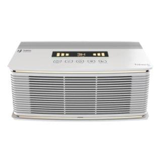 Очиститель воздуха Timberk TAP FL600 MF (W)Cо сменными фильтрами<br>Воздухоочиститель Timberk (Тимберк) TAP FL600 MF (W) &amp;mdash; это ваш ключ к чистому воздуху и легкому дыханию. Данное устройство с сенсорной панелью управления благодаря серьезной многоступенчатой системе фильтрации может очистить воздух от всевозможных загрязнений, болезнетворных микроорганизмов, пыли и аллергенов, которые могут мешать свободному и размеренному дыханию.<br>Основные достоинства рассматриваемой модели очистителя воздуха от Timberk:<br><br>Пятиступенчатая система очистки воздуха: предварительный фильтр улавливает крупные частицы, электростатический фильтр притягивает пыль, угольный фильтр нейтрализует воздух от поторонних запахов, фотокаталитический фильтр под воздействием УФ-лампы&amp;nbsp; окисляет органические и неорганические загрязнители<br>Сенсорная панель управления. Информативный LED дисплей отображает следующие режимы: индикация качества воздуха, ночной режим, таймер, индикация очистки фильтра<br>В автоматическом режиме прибор автоматически будет определять и регулировать скорость очистки воздуха при обнаружении в воздухе загрязнителей (посторонние запахи)<br>Ночной режим - автоматически приглушает яркость дисплея и переходит в тихий режим работы<br>Таймер до 9 часов работы (с интервалом в 1 час)<br>Четыре уровня световой индикации качества воздуха: желтый, оранжевый, красный, зеленый<br>Напоминание о необходимости замены или очистке фильтра отобразится на дисплее прибора<br>Эффективность сбора пыли достигает беспрецедентных &amp;ndash; 99, 8%<br>Предусмотрен специальный отсек для хранения шнура питания<br>Для легкой эксплуатации и удобства перемещения прибора расположены внизу колесики<br><br>Оборудование для увлажнения и очистки воздуха от Timberk &amp;mdash; это ваша прекрасная возможность осуществить поддержание благоприятных и здоровых условий в жилых помещениях, где вы отныне сможете легко и непринужденно дышать чистым и достаточно увлаженным воздухом. Данное оборуд