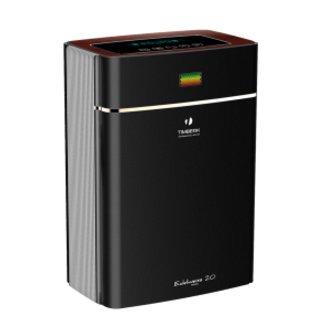 Очиститель воздуха Timberk TAP FL700 MF (BL)Cо сменными фильтрами<br>Экономичность, компактность, экологичность и простота &amp;mdash; все это незначительный список тех преимуществ, которые таит в себе очиститель воздуха Timberk (Тимберк) TAP FL700 MF (BL), разработанный с учетом нужд современного потребителя и предназначенный для качественной фильтрации воздуха. Устройство предназначено для напольного размещения и предназначено для обслуживания площади 50 квадратных метров.<br>Основные достоинства рассматриваемой модели очистителя воздуха от Timberk:<br><br>Пятиступенчатая система очистки воздуха: предварительный фильтр улавливает крупные частицы, электростатический фильтр притягивает пыль, угольный фильтр нейтрализует воздух от поторонних запахов, фотокаталитический фильтр под воздействием УФ-лампы окисляет органические и неорганические загрязнители<br>Сенсорная панель управления. Информативный LED дисплей отображает следующие режимы: индикация качества воздуха, ночной режим, таймер, индикация очистки фильтра<br>В автоматическом режиме прибор автоматически будет определять и регулировать скорость очистки воздуха при обнаружении в воздухе загрязнителей (посторонние запахи)<br>Ночной режим - автоматически приглушает яркость дисплея и переходит в тихий режим работы<br>Таймер до 9 часов работы (с интервалом в 1 час)<br>Четыре уровня световой индикации качества воздуха: желтый, оранжевый, красный, зеленый<br>Напоминание о необходимости замены или очистке фильтра отобразится на дисплее прибора<br>Эффективность сбора пыли достигает беспрецедентных &amp;ndash; 99, 8%<br>Предусмотрен специальный отсек для хранения шнура питания<br>Для легкой эксплуатации и удобства перемещения прибора расположены внизу колесики<br><br>Оборудование для увлажнения и очистки воздуха от Timberk &amp;mdash; это ваша прекрасная возможность осуществить поддержание благоприятных и здоровых условий в жилых помещениях, где вы отныне сможете легко и непринужденно дышать чистым и достаточно увлаженным