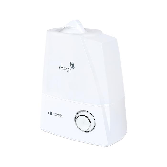 Увлажнитель воздуха Timberk THU UL 16M (W)Ультразвуковые<br>Одна из самых вместительных моделей увлажнителей Timberk   прибор UL 16M (W) может работать до 16 часов непрерывно без необходимости в наполнении резервуара. Данная модель имеет надежное механическое управление   пользователю предоставляется возможность самостоятельно выбрать уровень интенсивности выработки пара.   <br>Особенности модели ультразвукового увлажнителя воздуха серии Beauty:<br><br>Ультразвуковой увлажнитель с механическим управлением;<br>Увлажнитель оснащен ультразвуковой мембраной повышенной мощности;<br>Объем резервуара для воды   более 5 литров;<br>Регулировка интенсивности выхода пара;<br>Вместительный резервуар позволяет работать прибору в течение 16 часов без необходимости в добавлении воды;<br>Световая индикация работы прибора;<br>Автоматическое отключение и световая индикация при отсутствии воды в ёмкости;<br>Устойчивая конструкция, вместительный резервуар для воды;<br>Тихая работа;<br>Прибор представлен в двух цветовых решениях   с корпусом белого и черного цвета.<br><br>Одной из новинок от Timberk, которая увидела свет в 2015 году, является увлажнитель с ультразвуковой мембраной серии Beauty. Скромный, классический дизайн, устойчивый корпус с вместительным резервуаром для воды и высокая производительность по увлажнению   основные показатели данной серии. Данная серия представлена двумя модификациями   с механическим и электронным управлением. Оба прибора допускают регулировку производительности пара (механическим регулятором или кнопкой на панели управления)  и имеют световую индикацию при отсутствии воды в баке. Модель с электронным управлением THU UL 16E дополнительно оснащена таким функциями, как таймер на отключение до 12 часов и ночной режим. Отличает данную серию от увлажнителей серии H20 вместительный резервуар объемом более 5 литров и время непрерывной работы   до 16 часов. Приборы для увлажнения воздуха THU UL 16E и THU UL 16M подойдут для помещений, площадь которых не превыш