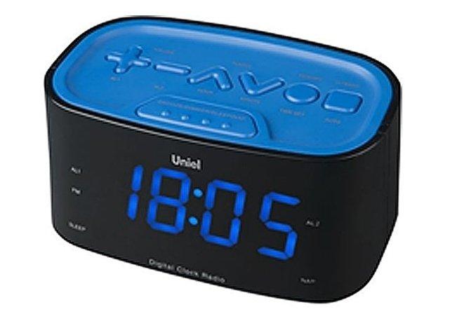 Часы без проекции Uniel UTR-33BBKЧасы без проекции<br>Торговая марка UNIEL   один из известнейших российских производителей   представляет новинку: настольные часы модели UTR-33BBK. Представленный гаджет отлично подойдет ценителям минимализма: здесь нет ничего лишнего, только индикатор точного времени, будильник с возможностью отложить сигнал, радиоприемник и панель для настройки. Устройство работает от сети 220В, к которой подключается посредством адаптера.<br>Основные преимущества использования рассматриваемой модели электронных часов с радио от торговой марки UNIEL:<br><br>Стильный эргономичный дизайн.<br>Компактные размеры конструкции.<br>Часы.<br>Будильник с отложенным сигналом.<br>Удобная панель настройки.<br>Цифровой радиоприемник.<br>Большие цифры.<br>Работает от адаптера.<br>Высокое качество и комфорт в управлении.<br><br>Торговая марка UNIEL   это прекрасно себя зарекомендовавший, надежный партнер и поставщик качественного оборудования. Компания разработала семейство современных удобных часов, оснащенных радиоприемником. Помимо индикатора точного времени эти гаджеты оборудованы будильниками, которые могут в качестве звукового сигнала использовать любую радиостанцию. Более того, практически все модели имеют память на несколько радиостанций. Также стоит отметить, что устройства выполнены в стильном современном дизайне, который сможет органично вписаться в интерьерное решение и гостиной, и спальни.<br><br>Страна: Китай<br>Питание, В: Сеть/Бат.<br>Тип батарейки: АА<br>Колво батареек: 2<br>Адаптер к 220В: Есть<br>С будильником: Да<br>Радиодатчик: Да<br>С метеостанцией: None<br>В помещении t, С: Нет<br>За окном t, С: Нет<br>Влажность в помещении: Нет<br>Влажность за окном: Нет<br>Давление: Нет<br>Прогноз погоды: Нет<br>Габариты, мм: None<br>Вес, кг: 1<br>Гарантия: 1 год