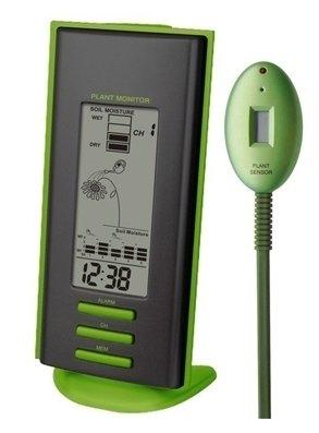 Часы без проекции Uniel UTV-63Часы без проекции<br>Настольная компактная метеостанция от торговой марки UNIEL модели UTV-63 представляет собой многофункциональное устройство. Здесь пользователь найдет и датчик влажности почвы с будильником для напоминания о необходимости полить растения (отличный подарок для любителей комнатных цветов); и показатели наружной температуры с уровнем относительной влажности; а также часы с будильником. А вся информация отображается на высокоинформативном жидкокристаллическом дисплее с анимацией.<br>Основные преимущества использования рассматриваемой модели домашней метеостанции от торговой марки UNIEL:<br><br>Стильный эргономичный дизайн.<br>Компактные размеры конструкции.<br>Супер подарок для любителей цветов.<br>Высокоинформативный анимационный ЖК дисплей.<br>Измерение уровня влажности почвы.<br>Установка полива растений по звонку будильника.<br>Установка полива для разных растений.<br>5-ти канальный беспроводной датчик температуры и влажности.<br>Часы, будильник.<br>Питание 2*АА. &amp;nbsp;<br>Высокое качество и комфорт в управлении.<br><br>Бренд UNIEL &amp;ndash; поставщик качественного и надежного оборудования &amp;ndash; разработал семейство настольных метеостанций в компактном корпусе. Эти гаджеты станут прекрасным выбором для метеозависимых людей: устройства не просто показывают температуру за окном, а могут прогнозировать погоду, информировать об уровне относительной влажности и даже атмосферном давлении, возможном гололеде и зоне комфортности. Все модели оснащены большими дисплеями, а многие из них еще и анимацией. Также стоит отметить, что все метеостанции имеют индикатор точного времени и будильник.<br><br>Страна: Китай<br>Питание, В: Батарейки<br>Тип батарейки: AA<br>Колво батареек: 2<br>Адаптер к 220В: Нет<br>С будильником: Да<br>Радиодатчик: None<br>С метеостанцией: Да<br>В помещении t, С: Да<br>За окном t, С: Нет<br>Влажность в помещении: Да<br>Влажность за окном: Нет<br>Давление: Нет<br>Прогноз погоды: Нет<br>Габариты, 