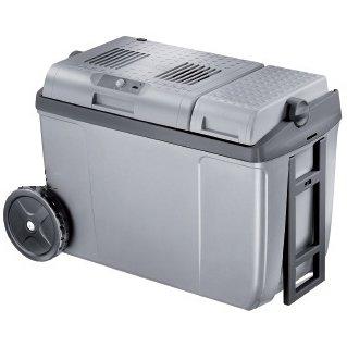 Автомобильный холодильник Waeco-Dometic31-40 литров<br>Современный термоэлектрический автомобильный холодильник Waeco (Ваеко) CoolFun SC38 AC/DC будет удобен не только в легковых автомобилях. Гостиницы, офисы, больницы, пикники   любое место, где нужно охладить напитки или сохранить свежесть продуктов, станет отличным поводом приобрести такой небольшой, полезный и очень практичный агрегат.<br><br>Страна: Германия<br>Объем, л: 37<br>Мощность, Вт: 55<br>Питание, В: 12/220<br>Max температура, C: 65<br>Min температура, C: None<br>Функция подогрева: Есть<br>Дельта t, C: 18<br>Кабель питания: Есть<br>Назначение: Автохолодильник<br>ГабаритыВШД,мм: 565x391x295<br>Вес, кг: 6<br>Гарантия: 2 года