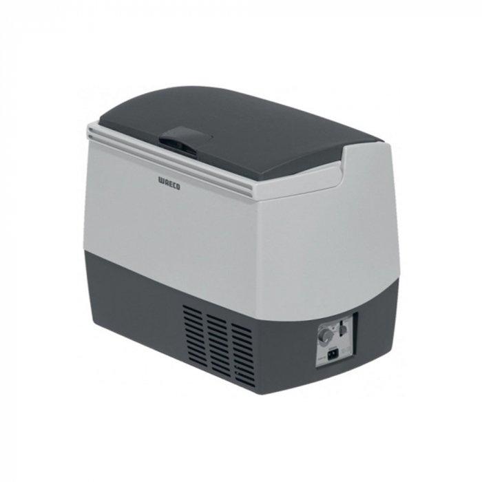 Фреоновый автохолодильник Waeco-Dometic CoolFreeze CDF-18до 30 литров<br>Фреоновый автохолодильник Waeco CoolFreeze CDF-18.  Удобное управление осуществляется с помощью двух усовершенствованных ползунков. Первый осуществляет регулирование температурного режима внутреннего пространства, а другой включает и отключает питание.  Компактные размеры делают рассматриваемую модель очень легкой и мобильной. Диапазон температурного режима колеблется от +10 до -15 градусов, а встроенный мощный компрессор позволит быстро заморозить продукты.<br><br>Страна: Германия<br>Объем, л: 18<br>Мощность, Вт: 35<br>Питание, В: 12/24<br>Max температура, C:: +10<br>Min темп., C: 18<br>Кабель питания: Есть<br>Назначение: Легковой автомобиль<br>Габариты ВxШxД, мм: 414x300x465<br>Вес, кг: 11,5<br>Гарантия: 3 года