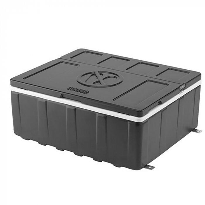 Компрессорный автохолодильник Waeco-Dometic CoolMatic CS-MP2до 30 литров<br>Встраиваемое оборудование Waeco (Ваеко) CoolMatic CS-MP2   это компактный холодильник, который предназначается для установки в условиях ограниченного пространства. Внешнее оформление конструкции и крышка изготовлены из полистирола; предусмотрено внутреннее освещение для комфортной эксплуатации. Прибор охлаждает продукты (объем 25 литров) до необходимой температуры и сохраняет их качество.<br>Особенности и преимущества компрессорного автомобильного холодильника Waeco представленной модели:<br><br>Внешнее оформление: темно-серого цвета<br>Внутреннее пространство: светло-серого цвета<br>Охлаждение в диапазоне от +10  C до 0  C<br>Внутреннее освещение<br>Подходит для кабин класса L и Megaspace<br>Корпус и крышка из полистирола      <br>Сертификация электроники (нормативы ЭМС/для автомобилей)<br><br>Семейство компрессорных автомобильных холодильников, разработанное компанией Waeco,   это удобные современные агрегаты, которые работают по тому же принципу, что и привычные ботовые приборы. Эти небольшие агрегаты оснащены компрессорами, обеспечивающим движение и нагрев хладагента. Также в процессе охлаждения используется конденсатор, охлаждающий фреон, и испаритель, который, собственно, и понижает температуру. Автомобильные компрессорные холодильники, как правило, имеют большую вместительность, чем их  коллеги , использующие другой принцип работы (абсорбцию, систему термоэлектрики), что обеспечило их популярность у покупателей. <br><br>Страна: Германия<br>Объем, л: 25<br>Мощность, Вт: 45<br>Питание, В: 12/24<br>Max температура, C:: +10<br>Min темп., C: 0<br>Кабель питания: Есть<br>Назначение: Легковой автомобиль<br>Габариты ВxШxД, мм: 451х219x554<br>Вес, кг: 13<br>Гарантия: 3 года