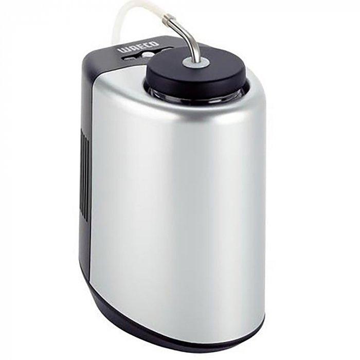 Термоэлектрический автохолодильник для молока Waeco-Dometic MyFridge MF-05Mдо 10 литров<br>&amp;nbsp;<br>Автомобильный&amp;nbsp; термоэлектрический&amp;nbsp; холодильник Waeco MyFridge MF-05M предназначен для эксплуатации на отдыхе, в походах или путешествиях. Данная модель подходит как для домашнего, так и для офисного использования. В комплекте поставляется емкость для молока со специальным шлангом, которую можно подключить к кофейному аппарату.<br>Преимущества и технические характеристики автохолодильника модели Waeco MyFridge MF-05M:<br><br>используемый объем: &amp;nbsp;0,5 литра;<br>быстрое и эффективное изготовление льда;<br>автоматическое поддержание требуемой температуры;<br>производителем предусмотрена инструкция на русском языке;<br>в комплекте поставляются шнуры 12В и&amp;nbsp; 220В;<br>жесткая и надежная конструкция;<br>широкий диапазон мощностей;<br>компактность и современный дизайн.<br><br>&amp;nbsp;<br>В настоящее время приобретение автохолодильника Waeco MyFridge MF-05M является не роскошью, а необходимостью: данный тип оборудования незаменим на отдыхе и в дальних поездках для транспортировки скоропортящихся продуктов. Автомобильные холодильники от компании Waeco эффективно работают в любое время года, практичны и удобны в эксплуатации, а также отличаются прочностью и долговечностью.<br><br><br><br>Страна: Германия<br>Объем, л: 0.5<br>Мощность, Вт: 20<br>Питание, В: 220<br>Max температура, C: None<br>Min температура, C: 22<br>Кабель питания: Есть<br>Назначение: Охладитель напитков<br>ГабаритыВШД,мм: 145x180x110<br>Вес, кг: 0.9<br>Гарантия: 1 год