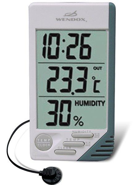 Цифровой термометр Wendox W241A-TОконные термометры<br>Цифровой термометр с часами, выпускаемый часовой компанией Wendox предназначен для измерения комнатной температуры и влажности (функция гигрометра). При этом комнатный термометр гигрометр W241A-T может измерять и отображать уличную температуру в большом диапазоне как низких, так и высоких температур. Пластиковые элементы корпуса отличаются сохранностью первозданного облика.<br><br>Производитель: Великобритания<br>Назначение: Для помещений<br>Страна: None<br>Материал: Пластик<br>Диапазон  t, С: 50+70<br>Питание, В: Батарейки<br>Тип батарейки: ААА<br>Колво батареек: 1<br>Габариты, мм: 80х30х140<br>Вес, кг: 1<br>Гарантия: 1 год<br>Ширина мм: 30<br>Высота мм: 80<br>Глубина мм: 140