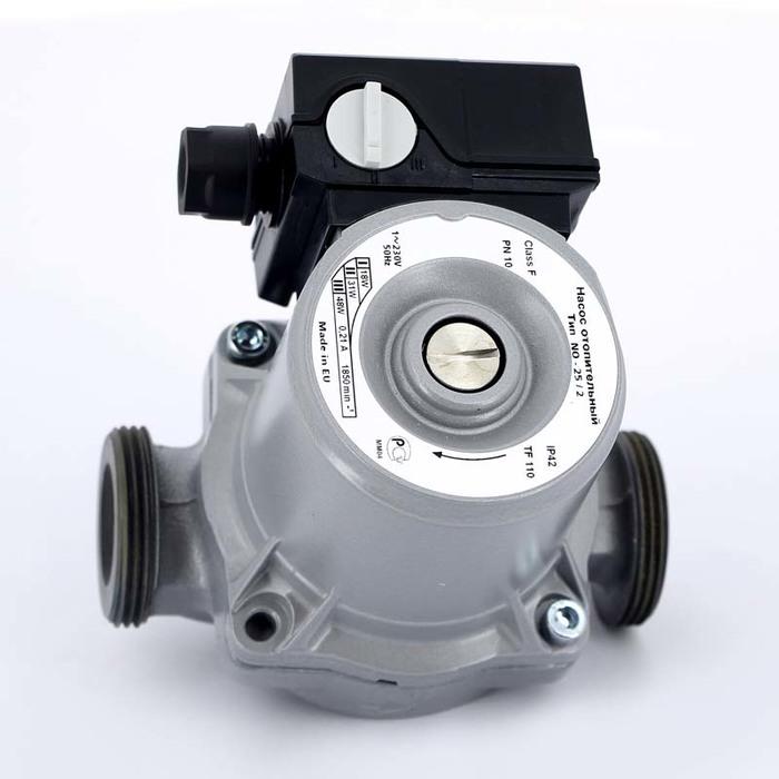 Циркуляционный насос Wilo NO 25/2Насосы для отопления<br>Циркуляционные насосы Wilo (Вило) NO 25/2 предназначены для работы с чистыми жидкостями.  Модель оснащена ротором мокрого типа. Установка насоса осуществляется вертикально. Модель имеет три скорости вращения. Корпус прибора изготовлен из чугуна и покрыт катафорезным покрытием. Высококачественные материалы корпуса и двигателя обеспечивают надежную и долговечную работу.<br>Основные преимущества циркуляционного насоса от немецкого бренда WILO:<br><br>Циркуляционный насос предназначен для перекачивания жидкости в системах отопления.<br>Перекачиваемая жидкость: вода и водогликолевая смесь для систем отопления.<br>Насос работает практически бесшумно.<br>Не требует технического обслуживания.<br>3 частоты вращения мотора.<br>Насос имеет корпус с катафорезным покрытием.<br>Имеет низкое энергопотребление и небольшие габариты.<br>Предусмотрена защита двигателя от перегрузки.<br>Рабочая жидкость омывает подшипники скольжения и охлаждает их и ротор.<br>Температура жидкости: от  10  С до +110  С<br>Рабочее давление: 10 бар<br>Механический переключатель скорости на корпусе устройства.<br>Высокий класс защиты   IP 44.<br>Специальный отлив под ключ на корпусе насоса.<br>Возможность двустороннего подвода кабеля.<br>Быстрое подключение при помощи пружинных клемм.<br>Мотор, устойчивый к токам блокировки.<br>Рабочее колесо: пластмасса.<br>Вал: нержавеющая сталь.<br>Подшипники:  металлографит.<br>Длительный срок бесперебойной эксплуатации.<br><br>Циркуляционные насосы от немецкой торговой марки WILO   это широкий выбор моделей, которые разработаны специально для использования в системах отопления, холодного или горячего водоснабжения, в бытовых или промышленных системах кондиционирования и системах циркуляции жидкости. Все приборы изготовлены их прочного серого чугуна с катафозным покрытием, что значительно увеличивает срок службы не только насоса, но и систем, в которых они используются. <br><br>Страна: Германия<br>Производитель: 