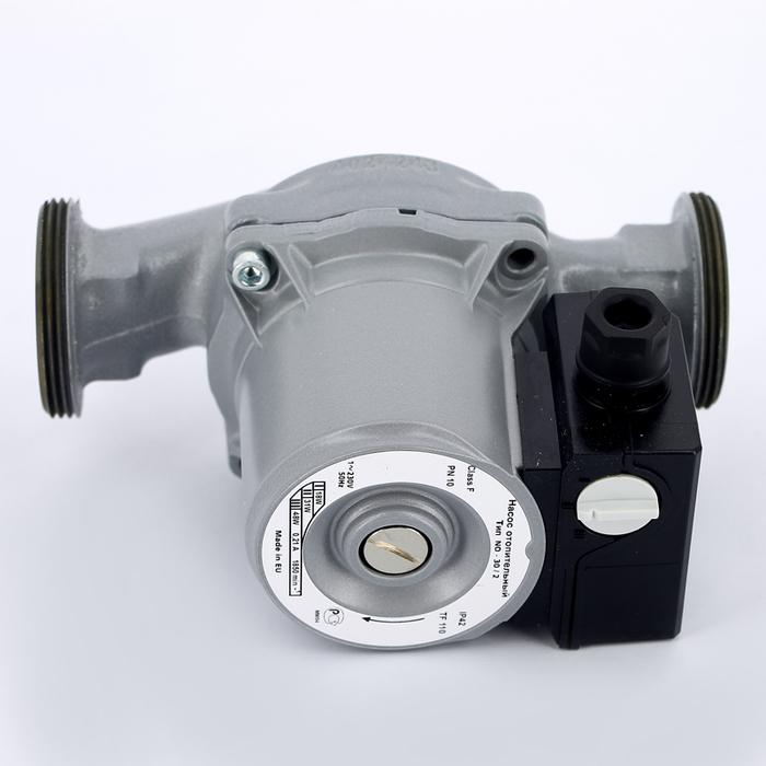 Циркуляционный насос Wilo NO 30/5Насосы для отопления<br>Разработанные по самым современным технологиям, циркуляционные насосы Wilo (Вило) NO 30/5 обеспечат надежную и эффективную работу отопительных систем. Оснащены мощным двигателем, работающим в трех вариантах скорости, а  так же мокрым ротором. Данная модель очень удобна в монтаже. Почти не требует технического обслуживания. Максимальный напор, который обеспечивает данная модель, составляет 5 м.<br>Основные преимущества циркуляционного насоса от немецкого бренда WILO:<br><br>Циркуляционный насос предназначен для перекачивания жидкости в системах отопления.<br>Перекачиваемая жидкость: вода и водогликолевая смесь для систем отопления.<br>Насос работает практически бесшумно.<br>Не требует технического обслуживания.<br>3 частоты вращения мотора.<br>Насос имеет корпус с катафорезным покрытием.<br>Имеет низкое энергопотребление и небольшие габариты.<br>Предусмотрена защита двигателя от перегрузки.<br>Рабочая жидкость омывает подшипники скольжения и охлаждает их и ротор.<br>Температура жидкости: от  10  С до +110  С<br>Рабочее давление: 10 бар<br>Механический переключатель скорости на корпусе устройства.<br>Высокий класс защиты   IP 44.<br>Специальный отлив под ключ на корпусе насоса.<br>Возможность двустороннего подвода кабеля.<br>Быстрое подключение при помощи пружинных клемм.<br>Мотор, устойчивый к токам блокировки.<br>Рабочее колесо: пластмасса.<br>Вал: нержавеющая сталь.<br>Подшипники:  металлографит.<br>Длительный срок бесперебойной эксплуатации.<br><br>Циркуляционные насосы от немецкой торговой марки WILO   это широкий выбор моделей, которые разработаны специально для использования в системах отопления, холодного или горячего водоснабжения, в бытовых или промышленных системах кондиционирования и системах циркуляции жидкости. Все приборы изготовлены их прочного серого чугуна с катафозным покрытием, что значительно увеличивает срок службы не только насоса, но и систем, в которых они используются. <br><br>Страна: Г