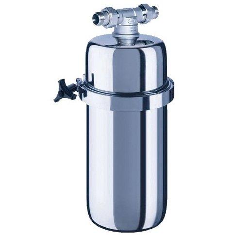 Корпус для фильтра очистки воды Аквафор Викинг МИДИМагистральные<br>Фильтр для очистки воды докупается отдельно!<br>Фильтр магистрального типа Викинг Миди от российского бренда Аквафор очистит воду не только от механических примесей, но также и различных вредных химических элементов. Например, пестицидов и тяжелых металлов. Это скажется самым благоприятным образом не только на вашем здоровье, но и на работе бытовой техники. Водоочиститель отличается высокой производительностью и большим ресурсом работы. Вместе с Аквафор Викинг Миди вы также получите комплект для быстрого монтажа устройства.<br>Компания Аквафор   пожалуй, известнейший отечественный производитель фильтрующих систем для воды. Бренд динамично развивается, уже долгие годы находится на российском рынке и успел зарекомендовать себя в качестве надежного партнера. Магистральные фильтры от этой торговой марки   неизменно высокоэффективные, долговечные и удобные. Такие водоочистители устанавливаются непосредственно в магистраль водопровода, обычно при входе в дом или квартиру, тем самым обеспечивая предварительную очистку воды. Что благоприятно сказывается не только на здоровье человека и на работоспособности бытовых приборов и сантехнических изделий. Ассортимент Магистральных фильтров под брендом Аквафор невероятно широк. Поэтому каждый покупатель сможет подобрать максимально подходящую модель.<br><br>Страна: Россия<br>Колво степеней очистки: 1<br>Фильтрация, л/м.: 15,0<br>Емкость, л: None<br>Раб. давление, атм: 6,3<br>Раб. температура, С: до +40<br>Умягчение: None<br>Минерализатор: None<br>Очистка от хлора: None<br>Очистка от тяжелых металлов: None<br>Очистка от ржавчины: Есть<br>Очистка от пестицидов: None<br>Очистка от фенола: None<br>Габариты, мм: 180x420x180<br>Вес, кг: 4<br>Гарантия: 1 год<br>Ширина мм: 420<br>Высота мм: 180<br>Глубина мм: 180