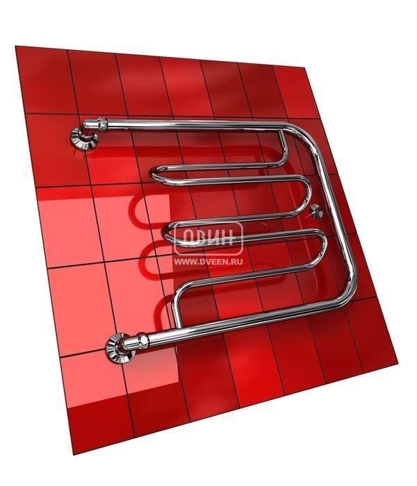 Водяной полотенцесушитель Двин Dw без полочки (1) 60/70Фокстроты<br>Несколько оригинальная форма полотенцесушителя Двин Dw без полочки (1) 60/70, у которого перекладины выдвинуты относительно осей, значительно увеличивает удобство его использования. Стоит отметить, что поверхность полотенцесушителя не нагревается до очень высоких температур, поэтому вероятность получения ожога исключена. Однако и с задачей просушки вещей, и с задачей дополнительного обогрева прибор справляется весьма успешно.<br>Выберите свой цвет полотенцесушителя:<br>&amp;nbsp;<br>Цена указана за полотенцесушители без цветного покрытия. Для определения стоимости прибора в цвете обратитесь к менеджеру.<br>Обратите внимание! Полотенцесушитель поставляется под заказ. Срок выполнения заказа 10 дней.<br>Особенности и преимущества водяных полотенцесушителей Двин серии Dw без полочки<br><br>Полотенцесушители отечественного производства.<br>Пищевая нержавеющая сталь марки AISI 304.<br>Толщина стенки коллектора полотенцесушителя 2 мм.<br>Рабочее давление 8 атмосфер (24,5 атм. макс).<br>Давление при испытании 40 атмосфер.<br>Максимально возможная температура воды 110 С.<br>Тепловая мощность, в зависимости от типоразмера полотенцесушителя, составляет от 130 до 360 Q-Вт.<br>Универсальное подключение: справа и слева.<br>Срок службы более 10 лет.<br><br>Комплектация:<br><br>Полотенцесушитель<br>Упаковка (картонная коробка, полиэтиленовый пакет)<br>Гарантийный талон<br>Паспорт на изделие<br><br>Обратите внимание! Фитинги не входят в комплект поставки! Цену на соединительные элементы уточняйте у менеджера. <br>Семейство полотенцесушителей с подводом горячей воды &amp;laquo;Dw без полочки&amp;raquo; от компании Двин представлено серийно различными типоразмерами. Для изготовления этих приборов производитель использует стальную трубу, толщина стенки которой достигает двух миллиметров. Также применяются современные наработки для производства полотенцесушителей, что обеспечивает их надежность. Конструкция агрегатов ге