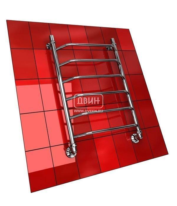 Водяной полотенцесушитель Двин E (1 - 1/2) 60/60Лесенка<br>Стальная труба, из которой изготовлен&amp;nbsp;полотенцесушитель Двин E (1 - 1/2) 60/60, имеет большую толщину, что обуславливает его высокую надежность. Комплектация агрегата предусматривает наличие элементов для установки, поэтому вам не придется нести дополнительные затраты на фитинги. Кроме того, полотенцесушитель оснащен краном Маевского, который позволит быстро и легко избавиться от избыточного давления внутри агрегата.<br>Особенности и преимущества водяных полотенцесушителей Двин серии E<br><br>Полотенцесушитель оборудован клапаном Маевского (находится под декоративным колпачком), что позволяет без труда удалить образовавшуюся воздушную пробку<br>Количество перекладин зависит от высоты полотенцесушителя<br>Материал:&amp;nbsp; Пищевая нерж. сталь марки AISI304<br>Толщина стенки коллектора:&amp;nbsp; 2,0 мм<br>Рабочее давление:&amp;nbsp; 8 атм (24,5 атм max)<br>Давление при испытании:&amp;nbsp; 40 атм<br>Максимально возможная температура воды 110 С<br>Маркировка:&amp;nbsp; Фирменная голограмма и лазерная гравировка номера партии<br>Тепловая мощность, в зависимости от типоразмера полотенцесушителя, составляет до 630 Q-Вт<br>Срок службы:&amp;nbsp; Более 10 лет<br><br>Комплектация:<br><br>полотенцесушитель<br>упаковка (картонная коробка, полиэтиленовый пакет)<br>гарантийный талон<br>паспорт на изделие<br>фитинги:<br><br><br>колпачок декоративный - 2 шт<br>клапан &amp;laquo;Маевского&amp;raquo; - 2 шт<br>муфта переходная с крепежным поворотным кольцом - 2 шт<br>кронштейн телескопический -2 шт<br>уплотнительная прокладка 6 шт<br>угловое соединение г/г 1* на 3/4*-2 шт<br>отражатель декоративный &amp;frac34;-2 шт<br>эксцентрик &amp;frac12; на &amp;frac34;-2 шт.<br><br>Выберите свой цвет полотенцесушителя:<br>&amp;nbsp;<br>При заказе в цвете вся фурнитура и краны тоже будут окрашены в цвет.<br>Цена указана за полотенцесушители без цветного покрытия. Для определения стоимости прибора в цвете обратитесь к менедже