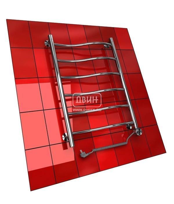 Электрический полотенцесушитель Двин I  (1 - 1/2) 60/40 elЛесенка<br>Лаконичное изделие Двин I&amp;nbsp; (1 - 1/2) 60/40 el &amp;ndash; это полотенцесушитель электрического типа, который предназначен для использования в ванных комнатах индивидуальной квартиры, загородного дома, административного здания или любого другого сооружения, где необходимо создать комфортные условия. Внутри конструкции используется экологически безопасный теплоноситель.<br>Особенности и преимущества электрических полотенцесушителей Двин серии I el:<br><br>Залит теплоноситель Теплый Дом ЭКО. Он производится на основе европейского высококачественного пропиленгликоля и предназначен для применения в системах отопления (экологически безопасен)<br>Установлен нагревательный ТЭН Terma (производитель Польша)<br>Блок управления ТЭНом имеет очень простое управление - всего 3 кнопки: &amp;laquo;+&amp;raquo; и &amp;laquo;-&amp;raquo; и кнопка вкл/выкл.<br>Производятся с учетом особенностей нашей системы горячего водоснабжения и отопления.<br>Пищевая нержавеющая сталь - AISI 304.<br>Толщина стенки коллектора - 2 мм.<br>Давление при испытании - 40 атм.<br>Рабочая температура 30-80&amp;deg;С.<br>Питание электрической сети - 220В 50Гц.<br>Экономичное потребление энергии.<br>Тепловая мощность в зависимости от типоразмера полотенцесушителя до 630 Q-Вт.<br><br>Комплектация:<br><br>полотенцесушитель,<br>упаковка (картонная коробка, полиэтиленовый пакет),<br>гарантийный талон,<br>паспорт на изделие,<br>комплект крепежей.<br><br>Выберите свой цвет полотенцесушителя:<br>&amp;nbsp;<br>Цена указана за полотенцесушители без цветного покрытия. Для определения стоимости прибора в цвете обратитесь к менеджеру.<br>Обратите внимание! Полотенцесушитель поставляется под заказ. Срок выполнения заказа 10 дней.<br>Для моделей электрических полотенцесушителей из серии I&amp;nbsp; el характерно низкое потребление электрической энергии, использование экологически безопасного теплоносителя, легкий и удобный монтаж, очень простое уп