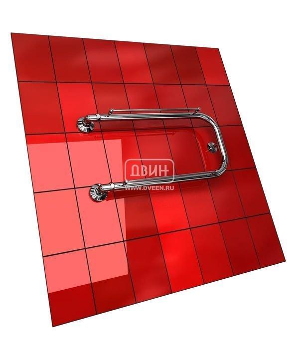 Водяной полотенцесушитель Двин P с полочкой (1) 32/70П-образные<br>Двин P с полочкой (1) 32/70 представляет собой классический полотенцесушитель водяного типа, производимый известной фирмой Двин. Данная модель является отличным решением для тех, кто ценит эргономичность и высокопроизводительность, а также ищет стильный и современный агрегат для ванной комнаты или помещений другого назначения. Вдобавок ко всему полотенцесушитель оборудован двумя удобными негреющимися полочками из нержавеющей стали.<br>Особенности и преимущества классических полотенцесушителей Двин серии  P с полочкой :<br><br>Производятся с учетом особенностей нашей системы горячего водоснабжения и отопления.<br>Пищевая нержавеющая сталь AISI 304.<br>Толщина стенки коллектора 2 мм.<br>Рабочее давление 8 атм. (максимальное давление 24,5 атм.).<br>Давление при испытании 40 атм.<br>Максимально допустимая температура воды 110 С.<br>Тепловая мощность в зависимости от типоразмера полотенцесушителя до 210 Q-Вт.<br>Эксплуатационный срок более 10 лет.<br><br>Комплектация:<br><br>полотенцесушитель,<br>упаковка (картонная коробка, полиэтиленовый пакет),<br>гарантийный талон,<br>паспорт на изделие.<br><br>Обратите внимание! Фитинги НЕ входят в комплект поставки.<br>Выберите свой цвет полотенцесушителя:<br> <br>При заказе полотенцесушителя в цвете и комплекта крепежей фитинги могут быть по желанию покупателя окрашены в тот же цвет.<br>Цена указана за полотенцесушители без цветного покрытия. Для определения стоимости прибора в цвете обратитесь к менеджеру.<br>Обратите внимание! Полотенцесушитель поставляется под заказ. Срок выполнения заказа 10 дней.<br>Полотенцесушители серии  Р с полочкой  предназначены для установки в помещениях различного типа с целью обогрева и сушки полотенец, белья и других вещей и подсоединяются к любым видам систем горячего водоснабжения. Данный модельный ряд отличается эргономичной формой вкупе с большой функциональностью устройств, а также каждый агрегат из серии оснащен прикрепленными 