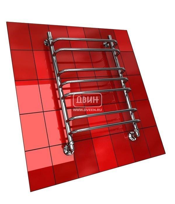 Водяной полотенцесушитель Двин Q (1 - 1/2) 50/60Лесенка<br>Форма водяного стального&amp;nbsp;полотенцесушителя Двин Q (1 - 1/2) 50/60&amp;nbsp;гарантирует практичность этого прибора. Его первоклассное исполнение обуславливает долгий срок службы. Высококачественные материалы стойко противостоят воздействию воды и высоких температур. Привлекательный облик отлично впишется в интерьер ванной комнаты.<br>Особенности и преимущества водяных полотенцесушителей Двин серии &amp;nbsp;Q<br><br>Полотенцесушитель оборудован клапаном Маевского (находится под декоративным колпачком), что позволяет без труда удалить образовавшуюся воздушную пробку<br>Количество перекладин зависит от высоты полотенцесушителя<br>Материал:&amp;nbsp; пищевая нержавеющая сталь марки AISI304<br>Толщина стенки коллектора:&amp;nbsp; 2,0 мм<br>Рабочее давление:&amp;nbsp; 8 атм (24,5 атм max)<br>Давление при испытании:&amp;nbsp; 40 атм<br>Максимально возможная температура воды 110 С<br>Маркировка:&amp;nbsp; Фирменная голограмма и лазерная гравировка номера партии<br>Тепловая мощность, в зависимости от типоразмера полотенцесушителя, составляет до 630 Q-Вт<br>Срок службы:&amp;nbsp; Более 10 лет<br><br>Комплектация:<br><br>полотенцесушитель<br>упаковка (картонная коробка, полиэтиленовый пакет)<br>гарантийный талон<br>паспорт на изделие<br>фитинги:<br><br><br>клапан Маевского &amp;ndash; 2шт.,<br>декоративный колпачек &amp;ndash; 2шт,<br>крепеж телескопический &amp;ndash; 1 шт,<br>уголок гайка/гайка 1/ &amp;frac34; ,<br>отражатель глубокий &amp;frac34; ,<br>эксцентрик &amp;frac34; / &amp;frac12;.<br><br>Выберите свой цвет полотенцесушителя:<br>&amp;nbsp;<br>При заказе в цвете вся фурнитура и краны тоже будут окрашены в цвет.<br>Цена указана за полотенцесушители без цветного покрытия. Для определения стоимости прибора в цвете обратитесь к менеджеру.<br>Обратите внимание! Товар поставляется под заказ. Срок выполнения заказа 10 дней.<br>Предпочитаете надежность? Не хотите переплачивать за сомнительное удовольствие о