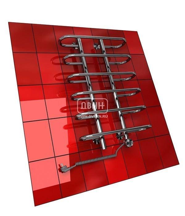 Электрический полотенцесушитель Двин Y (1 - 1/2) 120/50 elЛесенка<br>Необычная конструкция, которая позволит удобно разместить текстильные изделия по всей поверхности прибора, может сойти за отдельное преимущество электрического полотенцесушителя типа  лесенка  Двин Y (1 - 1/2) 120/50 el от одного из крупнейших производителей функциональных аксессуаров для ванных комнат - компании  Двин . Доступно вакуумное и полимерное покрытие различных цветов.<br>Особенности и преимущества электрических полотенцесушителей Двин серии Y el:<br><br>Залит теплоноситель Теплый Дом ЭКО. Он производится на основе европейского высококачественного пропиленгликоля и предназначен для применения в системах отопления (экологически безопасен)<br>Установлен нагревательный ТЭН Terma (производитель Польша)<br>Блок управления ТЭНом имеет очень простое управление - всего 3 кнопки:  +  и  -  и кнопка вкл/выкл.<br>Производятся с учетом особенностей нашей системы горячего водоснабжения и отопления.<br>Пищевая нержавеющая сталь - AISI 304.<br>Толщина стенки коллектора - 2 мм.<br>Давление при испытании - 40 атм.<br>Рабочая температура 30-80 С.<br>Питание электрической сети - 220В 50Гц.<br>Экономичное потребление энергии.<br>Тепловая мощность в зависимости от типоразмера полотенцесушителя до 660 Q-Вт.<br><br>Комплектация:<br><br>полотенцесушитель,<br>упаковка (картонная коробка, полиэтиленовый пакет),<br>гарантийный талон,<br>паспорт на изделие,<br>комплект крепежей.<br><br>Выберите свой цвет полотенцесушителя:<br> <br>Цена указана за полотенцесушители без цветного покрытия. Для определения стоимости прибора в цвете обратитесь к менеджеру.<br>Обратите внимание! Полотенцесушитель поставляется под заказ. Срок выполнения заказа 10 дней.<br>Электрические полотенцесушители из серии Y el   это актуальные бытовые приборы, которые предназначены для обогрева помещения и сушки текстильных вещей. Производитель предлагает обширный модельный ряд, где покупатель может самостоятельно выбрать, в соответствии с личным вк