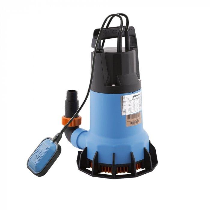 Дренажный насос Джилекс ДРЕНАЖНИК 350/17350 л/мин<br>Джилекс ДРЕНАЖНИК 350/17   это технологичный бытовой насос с широким функционалом и высокопрочным исполнением, работающий для откачивания, а также для подачи незагрязненных вод на различных бытовых объектах и не только. Встроенная передовая система безопасности отвечает за долговечность данного оборудования, а также за повышенный комфорт при его эксплуатации.<br>Особенности насосного оборудования серии  ДРЕНАЖНИК :<br><br>Применяется в бытовых целях, может служить как для откачки дренажных вод, слабо загрязненных жидкостей с небольшими включениями, так и для подачи воды из открытых водоемов, колодцев и пр.;<br>Особенности работы   конструкция предполагает работу в погруженном состоянии;<br>Наличие специально камеры для теплообмена позволяет эксплуатировать насос в частично погруженном состоянии;<br>Электродвигатель насоса оснащен выключателем поплавкового типа;<br>Выключать имеет заводскую настройку, которую при необходимости можно изменить;<br>Наличие защиты от перегрева;<br>Подшипники электродвигателя не требуют замены смазки   нет необходимости в техническом обслуживании;<br>Защита от коррозии   корпус выполнен из пластика;<br>Удобство транспортировки   предусмотрена ручка;<br>Для подключения насос предусмотрен комбинированный переходник   возможность присоединения труб диаметром 25, 30 или 40 мм. <br><br>Насосы представленной линейки имеют самое широкое применение   они позволяют откачивать слабозагрязненные воды, дренажные, стоковые воды. Помимо этого насос может применяться и для полива, орошения сельскохозяйственнх угодий или дачных участков, а также просто для поднятия воды с небольшой глубины. Погружой насос серии Дренажник можно использовать как в колодцах, так и в открытых водоемах. Особенности конструкции позволяют откачивать воду с небольшими включениями до 5 мм, самый большой насос в линейке Дренажник допускает перемещение сред с включениями до 40 мм. Для удобства транспортировки насос имеет ручку, к