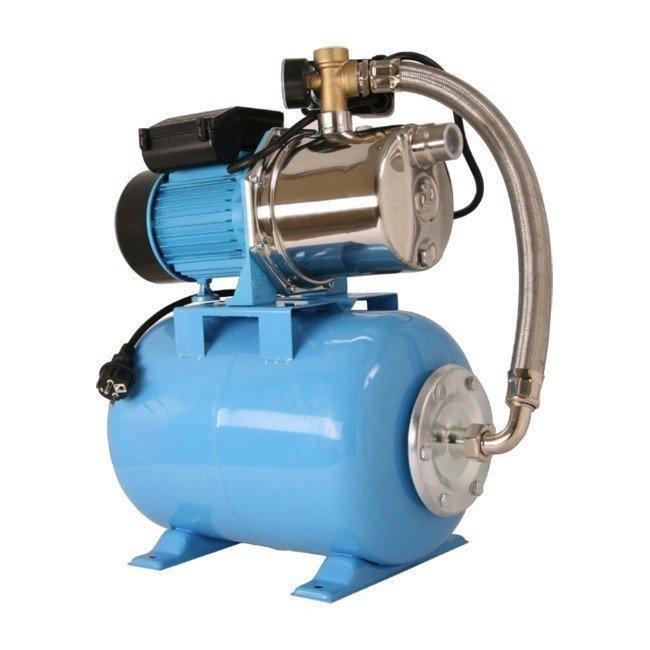 Насосная станция Джилекс ДЖАМБО 70/50 Н-50 ДОМПоверхностные станции<br>ДЖАМБО 70/50 Н-50 ДОМ - система с насосм-автоматом, гидроаккумулятором и контроллером предназначенная для снабжения водой потребителей. Особенностью системы является применение центробежного насоса со встроенным внутренним эжектором, способном поднимать воду с глубины до 9 метров. Управление осуществляет контроллер, который поддерживает в системе заданное давление. Корпус данной модели насоса изготовлен из нержавеющей стали.<br>Особенности насосного оборудования серии  ДЖАМБО  ДОМ:<br><br>Система для создания автоматизированного водоснабжения, позволяющая поддерживать заданную величину напора;<br>В основе системы лежит использование насоса центробежного серии  Джамбо , который обладает отличными гидравлическими параметрами;<br>Управляет работой встроенный контроллер, работающий по датчику давления;<br>Дополнительным элементом системы, обеспечивающим стабильную работу является гидроаккумулятор, который обеспечивает плавный пуск насосу, отсутствие гидроударов;<br>Удобство управление - пульт имеет дисплей и клавиатура;<br>Индикация основных параметров работы насоса;<br>Насос изготавливается из материалов, стойких к износу - корпус насоса из инженерного пластика;<br>Многоступенчатая система защиты электродвигателя: защита от неуправляемой непрерывной работы, от  сухого хода , от перепадов напряжения и перегрузок по току;<br>Наличие системы самодиагностики;<br>Использование системы водоснабжения с управляющим контроллером позволят снизить затраты электроэнергии;<br>Большой срок эксплуатации.<br><br>Насосы серии  Джамбо  благодаря хорошим гидравлическим параметрам отлично подходят для автоматических систем водоснабжения, одной из которых является система  Джамбо-Дом . Управляющим устройством является контроллер, который является частью насоса. Основное назначение такой системы это бесперебойное снабжение чистой водой потребителей в автоматическом режиме. Благодаря контроллеру, который работает по датчи