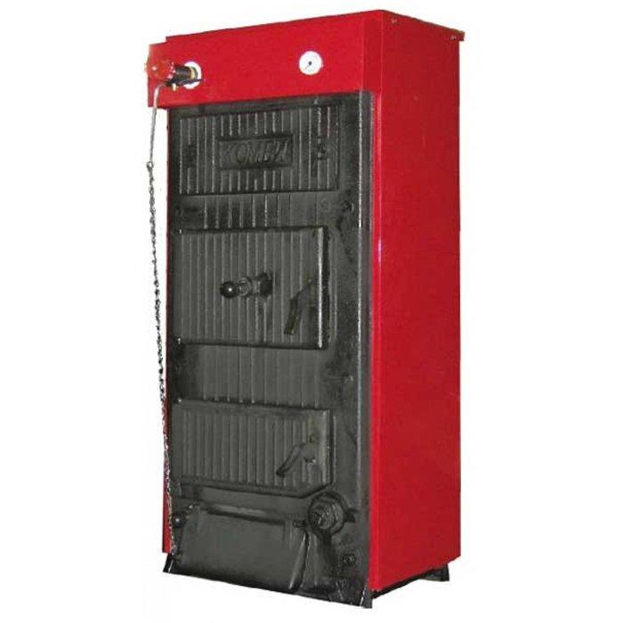 Котел КЧМ -5-К-03М1 40 кВт40 кВт<br>Система отопления на основе твердотопливного секционного котла КЧМ-5-К-03М1 40 кВт будет отличаться высокой эффективностью, экономичностью и удобством, так как пользователю доступна возможность переоборудовать данное отопительное оборудование для работы на жидком или газообразном топливе. Помимо прочего, представленная модель способна работать и от электрической энергии.<br>Основные достоинства промышленных водогрейных котлов серии КЧМ:<br><br>Большой срок службы чугунного теплообменника и всех остальных частей ввиду высокого качества использованных материалов<br>Проверенная годами конструкция<br>Проработанная производственная технология на формовочных линиях с постоянным и проверенным качеством производственного процесса<br>Несложное обслуживание и уход<br>Низкие требования к дымовой тяге<br>Мощность в зависимости от количества секций<br>Возможность переоборудования котла для сжигания газового или жидкого топлива<br>Более высокое рабочее давление по сравнению с котлами других марок<br>Энергонезависимость (работает в независимости от наличия электроэнергии)<br><br>КЧМ   это серия высокопроизводительных отопительных котлов от популярной отечественной фирмы-производителя   ОАО Кировский завод. Изначально котлы разработаны под функционирование на твердом топливе, но при этом есть возможность опционально перевести их на работу на газе или дизеле. Такое решение идеально подойдет для новых строящихся знаний, где временно отсутствует газоснабжение.<br> <br><br>Страна бренда: Россия<br>Производство: Россия<br>Топливо котла: Дрова/уголь<br>Мощ. уголь, кВт: 40,0<br>Мощ. дрова, кВт: 40,0<br>Мощ. торф, кВт: 40,0<br>Мощ. пеллеты, кВт: None<br>Тип котла: Энергонезависимые<br>Режим работы: Отопление<br>Камера сгорания: Открытая<br>Теплообменник: Нет<br>Колво секций: 5<br>Тип установки: Напольная<br>Регулировка подачи воздуха: Нет<br>Время сгорания дерева, ч: None<br>Время сгорания угля, ч: None<br>Max длина полена, см: 39<br>Max давление отопит 