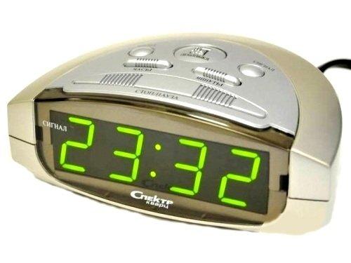 Часы без проекции Спектр СК 0915 Ш(С)-ЗЧасы без проекции<br>Понятные и комфортные в использовании цифровые настольные часы Спектр СК 0915 Ш(С)-З   это надежное решение для получения актуальной информации о текущем временном промежутке или для установки будильника. Помимо того, что представленная модель очень полезна в домашних условиях, она также выполняет эстетические функции, так как имеет привлекательное дизайнерское и цветовое решение.<br>Основные достоинства рассматриваемой модели настольных часов от компании Спектр:<br><br>Кварцевый механизм высокой точности.<br>Будильник.<br>Автоматическое повторение сигнала будильника (snooze). Если включена функция повтора сигнала будильника, то будильник снова сработает примерно через 8 - 9 минут после отключения. Можно отключить эту функцию.<br>Регулировка яркости индикации. С помощью переключателя можно отрегулировать яркость отображения времени. Положение + - более яркое, положение - - стандартная яркость свечения.<br>Формат времени 24 ч.<br>Питание от сети.<br>Цвет корпуса под дерево с серебристыми вставками.<br>Цвет индикации - зеленый.<br><br>Настольные часы от торговой марки Спектр   это огромная линейка всевозможных современных моделей с различным дизайнерским решением и функционалом, которые могут заинтересовать самую разную аудиторию. Модели от данного производителя отличаются высоким качеством сборки, компактными размерными характеристиками, простой и современностью. <br><br>Страна: Россия<br>Питание, В: Сеть/Бат.<br>Тип батарейки: КРОНА<br>Колво батареек: 1<br>Адаптер к 220В: Есть<br>С будильником: Да<br>Радиодатчик: Нет<br>С метеостанцией: Нет<br>В помещении t, С: Нет<br>За окном t, С: Нет<br>Влажность в помещении: Нет<br>Влажность за окном: Нет<br>Давление: Нет<br>Прогноз погоды: Нет<br>Габариты, мм: 135x90x50<br>Вес, кг: 1<br>Гарантия: 1 год<br>Ширина мм: 90<br>Высота мм: 135<br>Глубина мм: 50