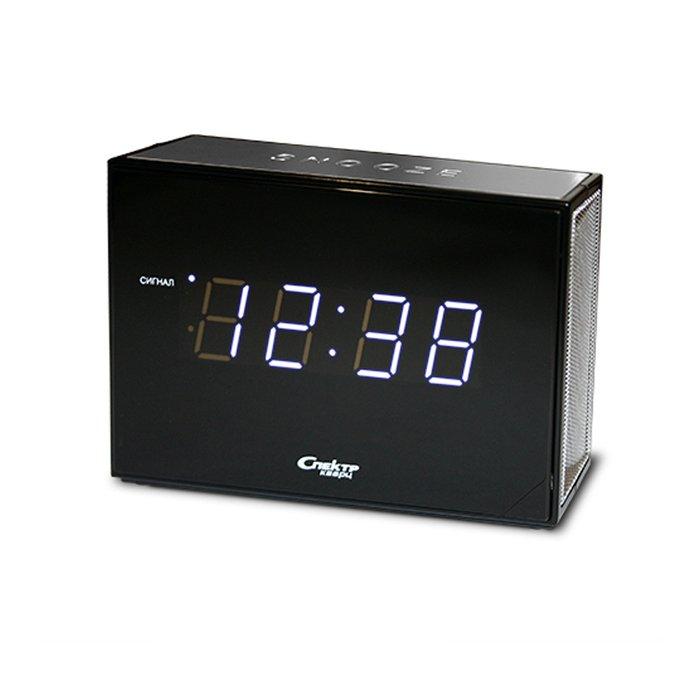 Часы без проекции Спектр СК 0935-С-БЧасы без проекции<br>Модель Спектр СК 0935-С-Б представляет собой компактные и лаконичные настольные сетевые часы с цифровым отображением времени, которые к тому же оснащены будильником с повторяющимся через определенное количество пройденных минут сигналом. Изделие имеет необычное дизайнерское решение корпуса, которое отражается в строгих линиях и геометричной форме конструкции.<br>Основные достоинства рассматриваемой модели настольных часов от компании Спектр:<br><br>Кварцевый механизм высокой точности.<br>Будильник.<br>Автоматическое повторение сигнала будильника (snooze). Если включена функция повтора сигнала будильника, то будильник снова сработает примерно через 8 - 9 минут после отключения. Можно отключить эту функцию.<br>Возможность регулировки громкости сигнала.<br>Формат времени 24 ч.<br>Питание от сети.<br><br>Настольные часы от торговой марки Спектр   это огромная линейка всевозможных современных моделей с различным дизайнерским решением и функционалом, которые могут заинтересовать самую разную аудиторию. Модели от данного производителя отличаются высоким качеством сборки, компактными размерными характеристиками, простой и современностью. <br><br>Страна: Россия<br>Питание, В: Сеть/Бат.<br>Тип батарейки: КРОНА<br>Колво батареек: 1<br>Адаптер к 220В: Есть<br>С будильником: Да<br>Радиодатчик: Нет<br>С метеостанцией: Нет<br>В помещении t, С: Нет<br>За окном t, С: Нет<br>Влажность в помещении: Нет<br>Влажность за окном: Нет<br>Давление: Нет<br>Прогноз погоды: Нет<br>Габариты, мм: 135x40x85<br>Вес, кг: 1<br>Гарантия: 1 год<br>Ширина мм: 40<br>Высота мм: 135<br>Глубина мм: 85