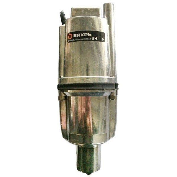 Погружной насос Вихрь ВН-10НВибрационные насосы<br>Энергоэффективный и высоконадежный вибрационный насос Вихрь ВН-10Н   это погружное оборудование, рассчитанное на работу в самых разных условиях. Специальная конструкция представленного устройства обеспечивает его долговечность и надежность, а также позволяет производить установку насоса с наибольшим комфортом. В процессе эксплуатации модель создает минимум шума.<br>Особенности и преимущества насосов Вихрь представленной серии:<br><br>Высота подъема воды до 72 м;<br>Легкость в использовании;<br>Эксплуатация в вертикальном и горизонтальном положении;<br>Разборные части насоса надежно стянуты болтами;<br>Отверстия для троса - удобство погружения/поднятия.<br><br>Долговечные и энергоэффективные вибрационные насосы Вихрь применяются в хозяйстве, на производстве, а также на объектах жилого типа и позволяют перекачивать или транспортировать чистую воду с разными целями. Оборудование такого типа подходит для использования в суровых условиях, не боится агрессивного внешнего воздействия и отличается гарантированным увеличенным сроком службы.<br><br>Страна: Россия<br>Производитель: Китай<br>Производ. л/мин: 18<br>Max глубина погружения, м: 3<br>Мощность, Вт: 280<br>Напряжение сети, В: 220 В<br>Длина кабеля, м: 10<br>Max напор, м: 72<br>Защита от сухого хода: Нет<br>Материал корпуса: Нет<br>диаметр подсоединения, дюйм: 3/4<br>Max темп. жидкости, С: 35<br>Класс защиты: IPX8<br>Качество воды: Чистая<br>Установка насоса: Вертикальная<br>Габариты ВхШхГ, см: 43x10x10<br>Вес, кг: 4<br>Гарантия: 1 год<br>Наличие обратного клапана: Есть<br>Ширина мм: 100<br>Высота мм: 430<br>Глубина мм: 100